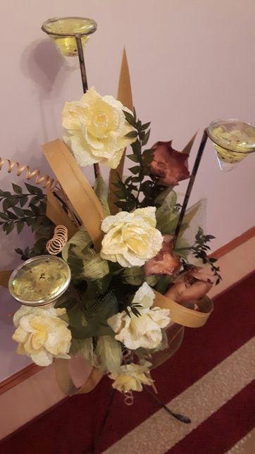 Kwiaty stroik kompozycja