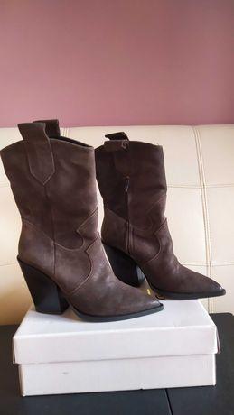 Nowe buty kowbojki firmy Anabelle
