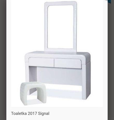 Toaletka signal2017