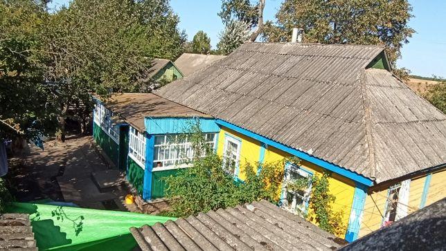 Дом (хата) в с. Верескуны. Кто любит уединение?)