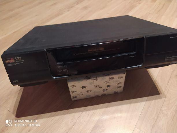 Odtwarzacz VHS amstrad