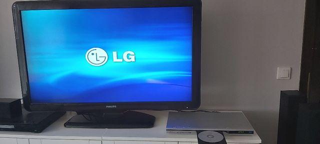 Odtwarzacz LG DVX9700 - DVD/VCD/CD/Divix, 3D Surround Sound