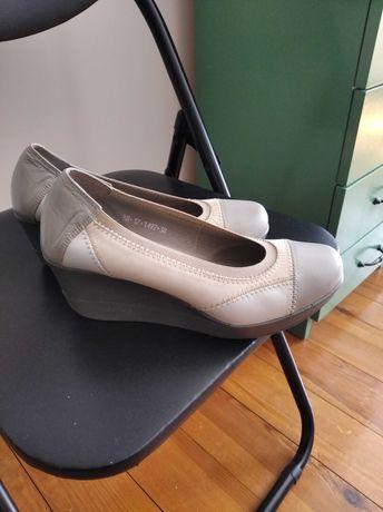 Buty damskie  skórzane karino 38
