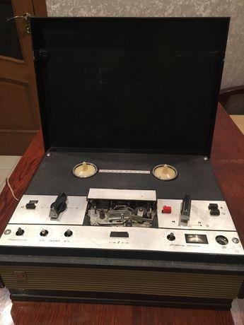 Маяк-202 Магнітофон для бабін