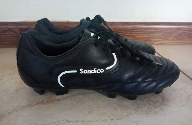 Korki roz.39 SONDICO czarne buty