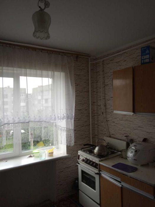Продам 2-ох кімнатну квартиру Харчомаш Изяслав - изображение 1