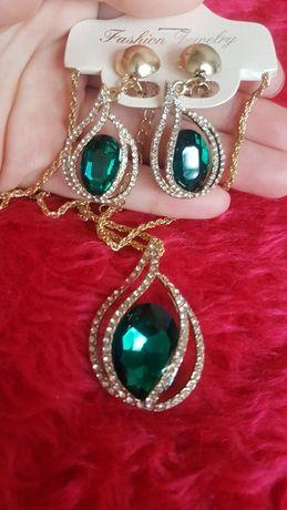 Zestaw biżuterii sztucznej kolczyki łańcuszek wisiorek zawieszka ślubn
