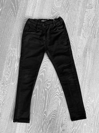 Брюки штаны джинсы школьные 6-7 лет