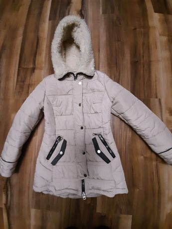 Куртка жіноча зимова 46 розміру