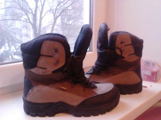 Продам кроссовки зимнии