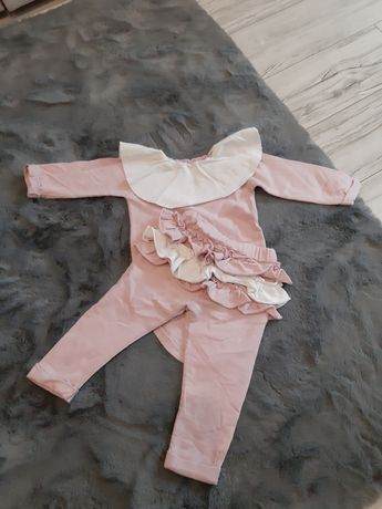 Komplet różowy body i spodnie 74cm