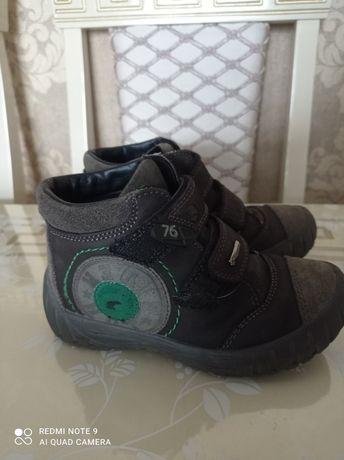 Демі черевички..