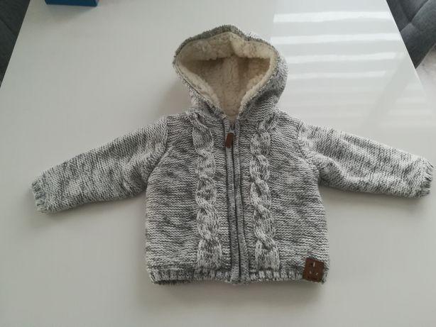 Cieplutki sweterek Smyk