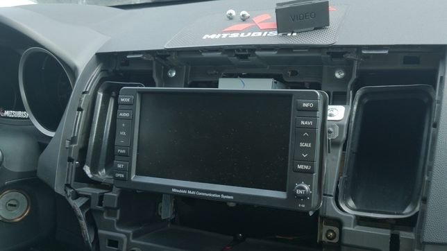 Мультимедиа Mitsubishi MMCS E-02/ колонки Rockford СРОЧНО!