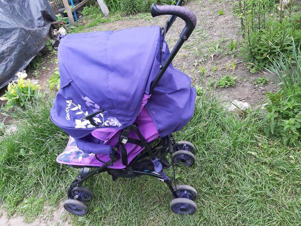 Продам прогулочну коляску ( тростинка)