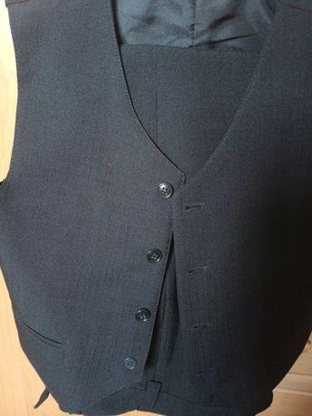 Spodnie + kamizelka 134
