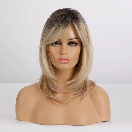 Peruka blond z grzywką jak naturalne