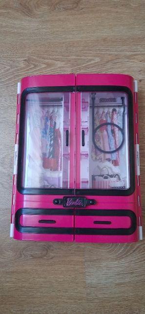 Szafa dla Barbie