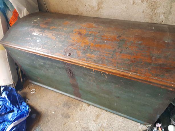 Kufer drewniany XIX wiek