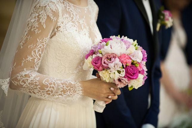 Piękna suknia ślubna Nabla Placida