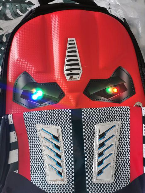 Plecak szkolny Transformers, świecące oczy