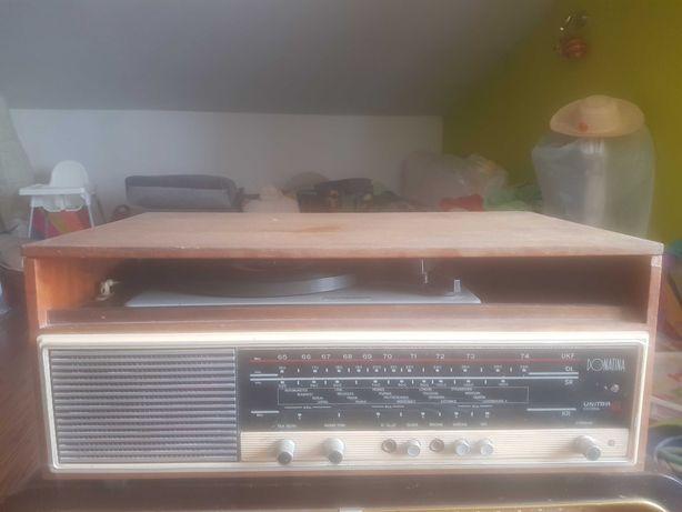 Sprzedam stare radioodbiorniki