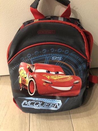Zygzak Mcqueen plecak + 2 ksiażeczki
