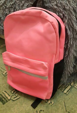Детский вместительный рюкзак