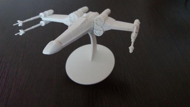 Модель X-Wing