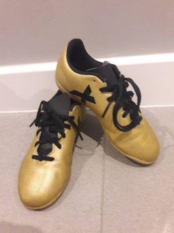 buty adidas typu halowki 33 / piłkarskie