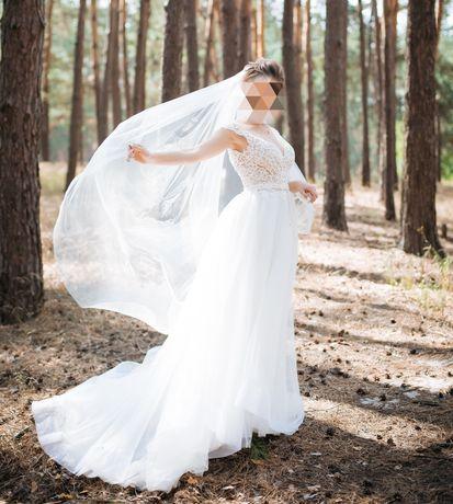 Свадебное платье со съёмным шлейфом