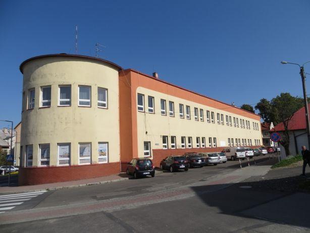 Pawilon do wynajęcia 1681 mkw w centrum Kalwarii Zeb. 20 000 zł netto