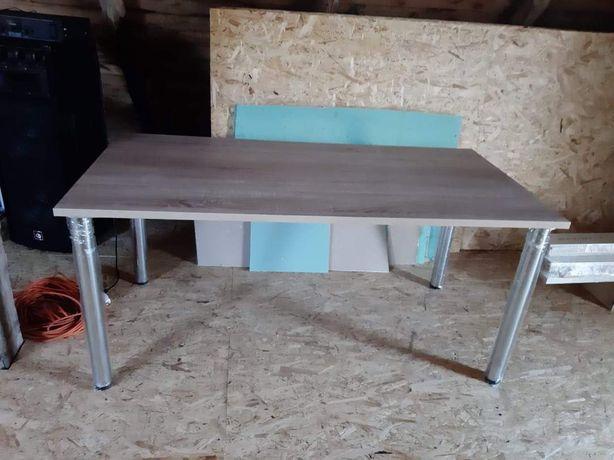Stół nowy masywne grobe nogi
