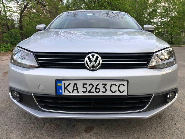 Автомобиль VW Jetta