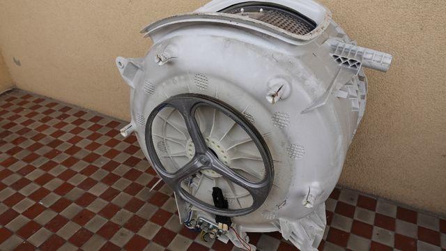 pralka electrolux EWTS13741W bęben kompletny
