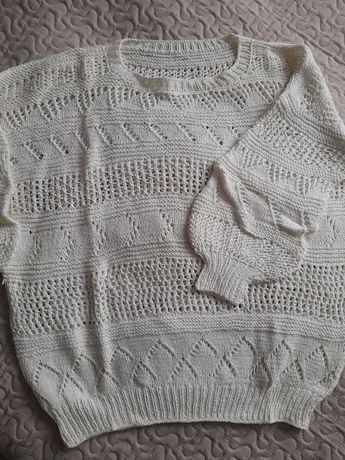 Sweterek  ażurowy biały