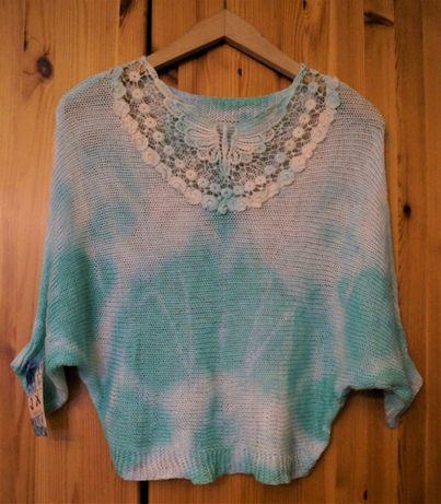 Niebiesko-biały sweterek NOWY