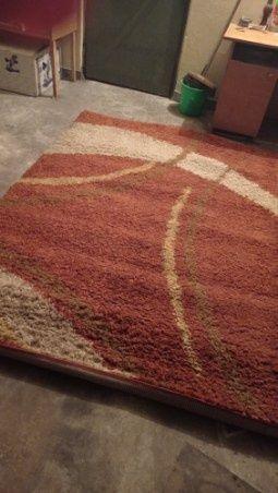 Sprzedam dywan z krótkim włosiem