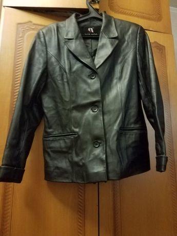 Продам пиджак женский кожаный( в хорошем состоянии)