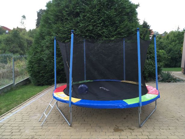 trampolina 10ft 3m średnicy ! JAK NOWA ! drabinka siatka ! PIŁKI !