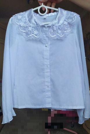 Школьная блузка для девочки. 34 размер