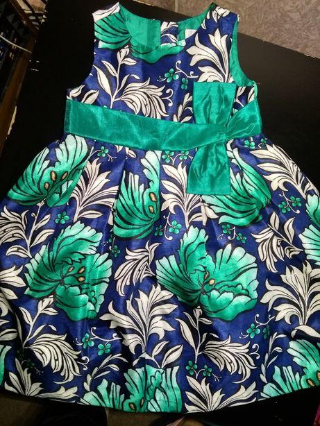 Нарядное платье 3-4 года Gymboree