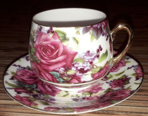 Чайный сервиз на шесть персон