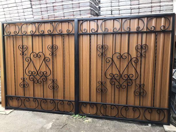 Ворота с елементами ковки .