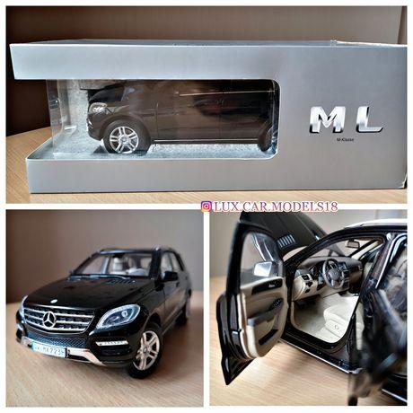 Mercedes ML350 M-klasse (W166) Модель 1:18 Дилер