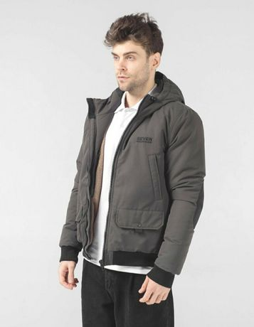 Зимняя куртка seven mountains hooded bomber black and army green