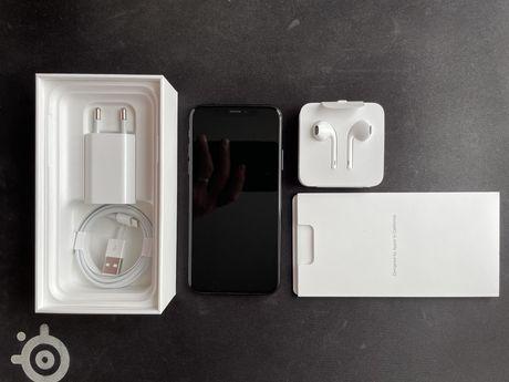Iphone XS 64GB Space Gray. Идеал.