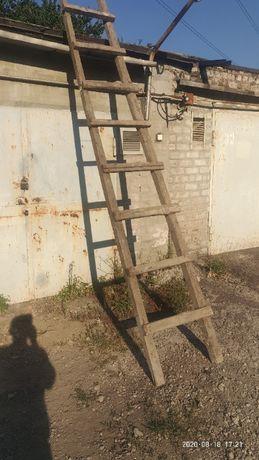 лестница деревянная 380 см.