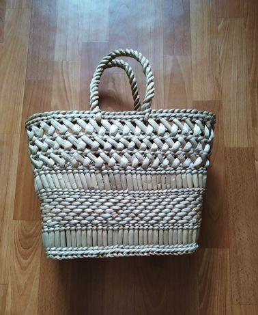 Плетенная корзина сумка из рогозы