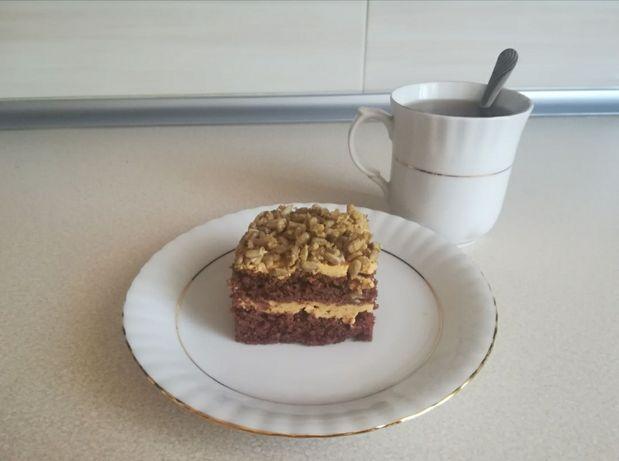Ciasto kakaowe z kremem krówkowym
